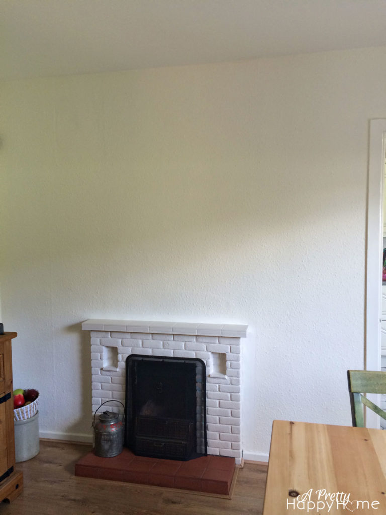 undecorated-dining-room