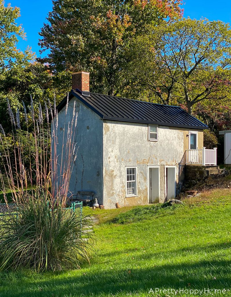 black metal roof carriage house