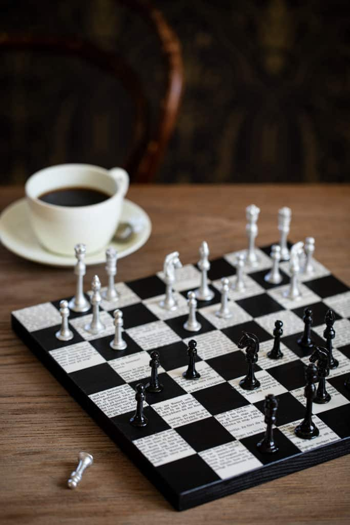 book page chessboard from Slojd Detaljer on the happy list