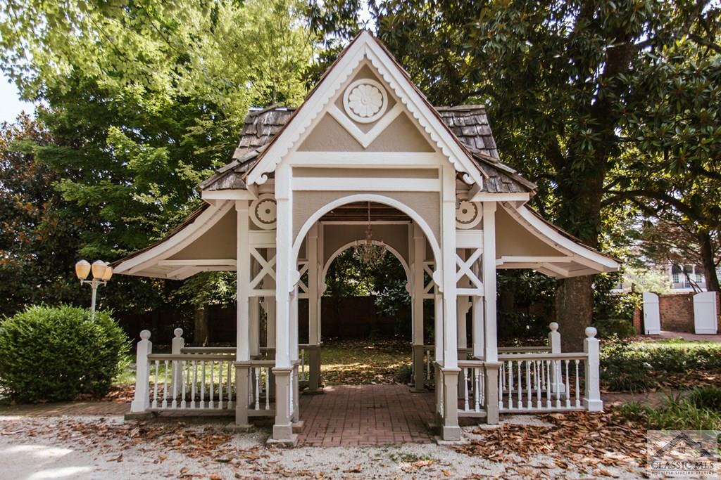 gazebo listed by cj and l real estate georgia on the happy list